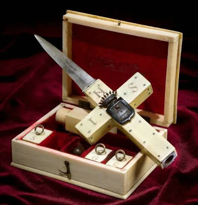 19th Century Vampires Kit Seen On www.coolpicturegallery.us