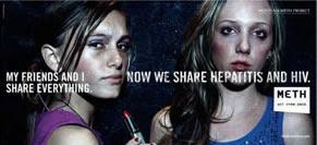 Arkadaşlarımla herşeyi paylaşırız. Şimdi hepatit ve HIV virüslerini de paylaşıyoruz banner