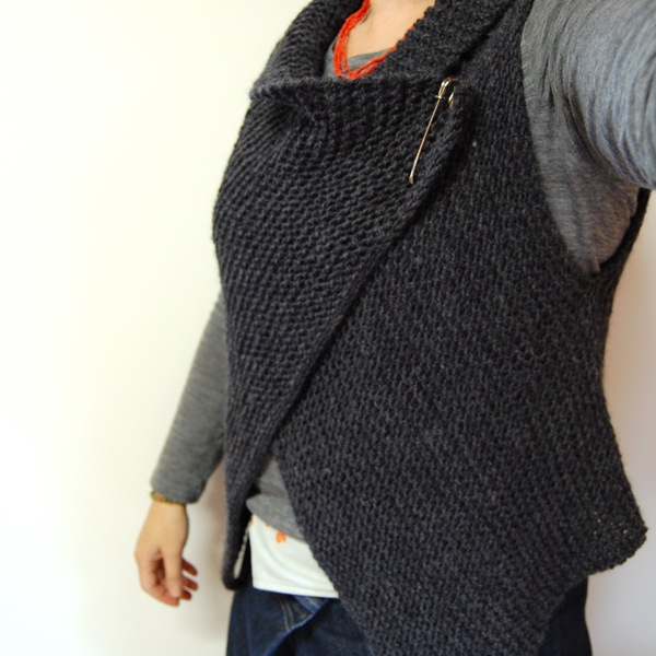 Free Crochet Pattern Wrap Sweater : Cuppa & Cake: Simple Knitted Wrap Vest Pattern