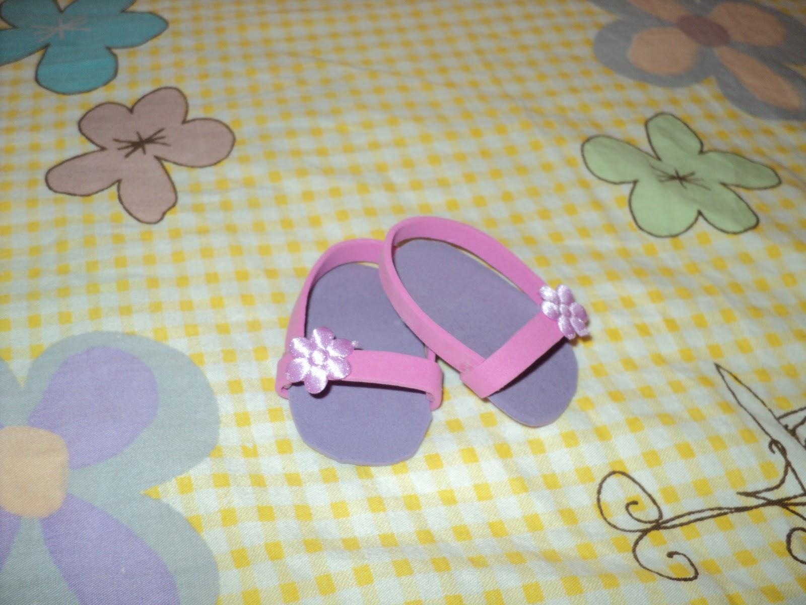 ... Crafty: Sandalias para la muñeca American Girl, hecho con Foami