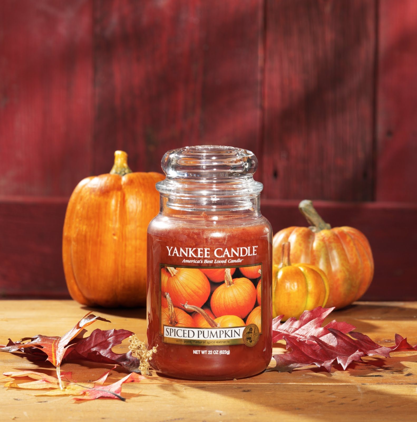 Carolyn's Candle Corner: True Confessions from a Yankee Candle Fanatic