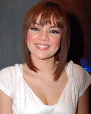 Foto Bugil Dewi Sandra, Video Bugil Dewi Sandra, Gambar Seksi, Film 3gp Bokep Dewi Sandra