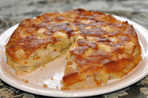 ... marie helene s apple cake mostly apples not very sweet and the cake