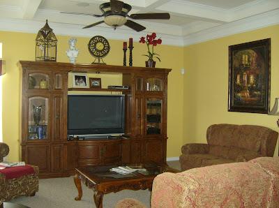 Family Room Décor