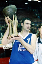 Petar NAUMOSKİ
