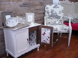 Naifandtastic decoraci n craft hecho a mano for Restaurar mueble antiguo a moderno
