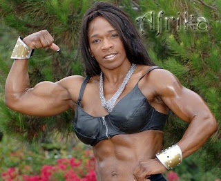 FBB Big Biceps http://strongfemales.blogspot.com/2009/09/huge-biceps.html