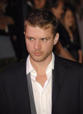 HOLLYWOOD PHOTO CLIPS: Hollywood actor Ryan Phillippe's photo
