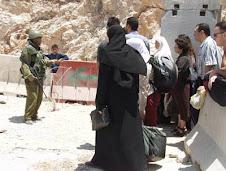 posto di blocco per palestinesi