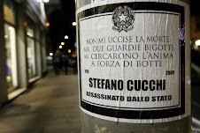 manifesto affisso a Roma per Stefano Cucchi