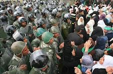 donne palestinesi di gaza che vogliono uscire