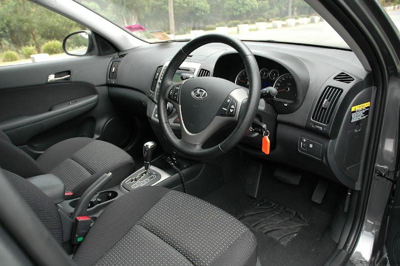 Super car 7 new cars cars review for Interior hyundai i30