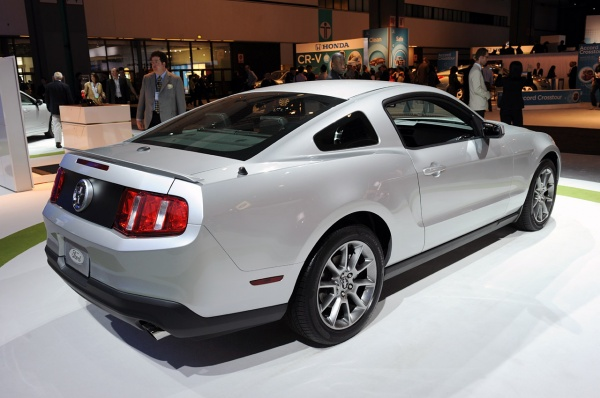 2011 Ford Mustang V6. 2011 Ford Mustang V6 Picture