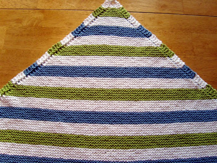 Free Knitting Patterns For Striped Baby Blankets : Red Earth Knitting: Striped Diagonal Baby Blanket