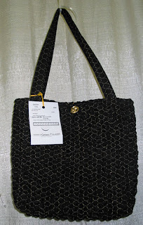 Handmade tote entered into the 2010 KY State Fair - QuiltedJoy.com