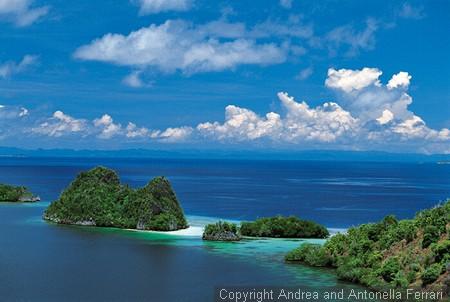 Fakta Uniknya Kepulauan Seribu,Ternyata Gak Sampe Seribu Lho.!!!!