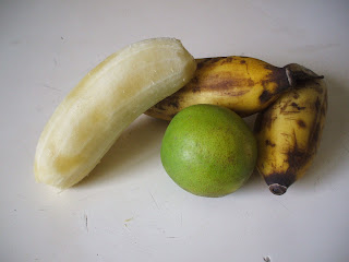 guineo yellow green banana plaintain