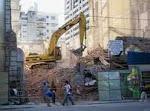 Excavadora en callao 924 / Foto: Arq. M. Magadán