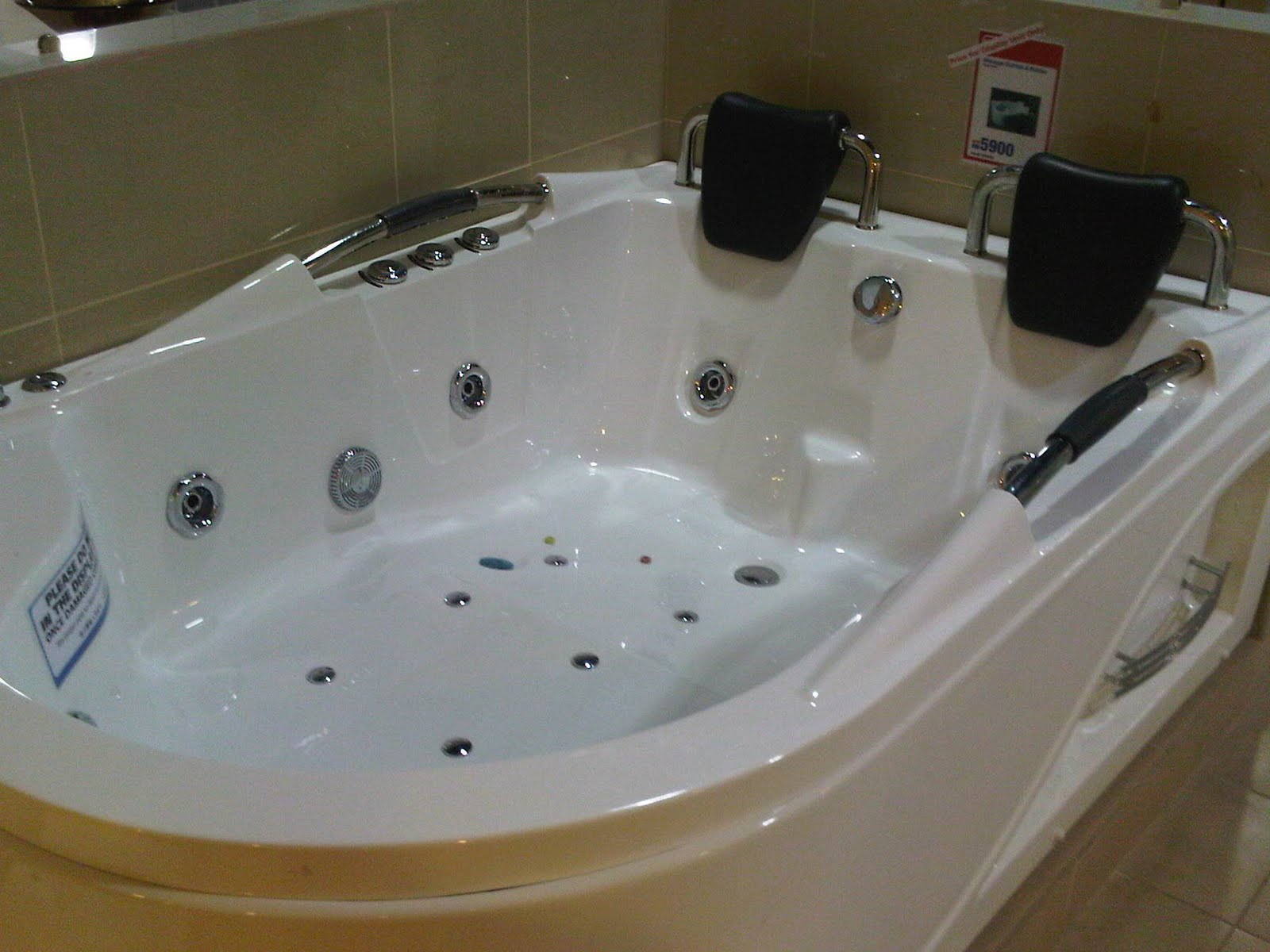 Double Whirlpool Tub - Home is Best Place to Return