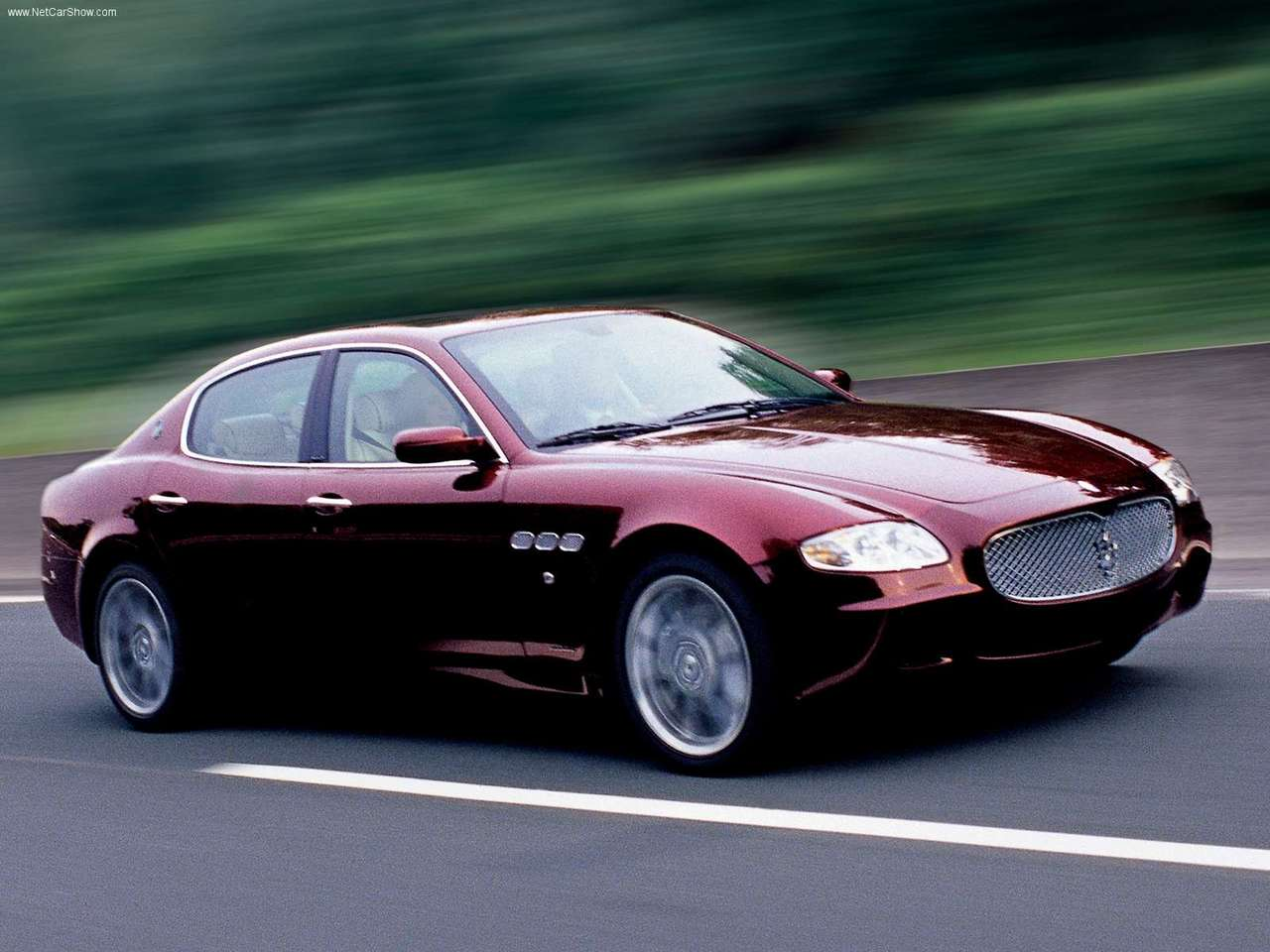 http://3.bp.blogspot.com/_H1gBps8JpiY/Sw2OTyfsyzI/AAAAAAAAId4/nWOzc3uwmzk/s1600/Maserati-Quattroporte_Executive_GT_2006_1280x960_wallpaper_01.jpg