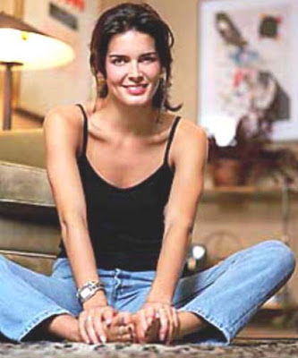 angie harmon1 One of the finest amateur wrestlers ever to come down the pike, ...