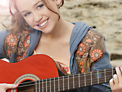 Miley Cyrus / Hannah Montana High Quality Wallpaper