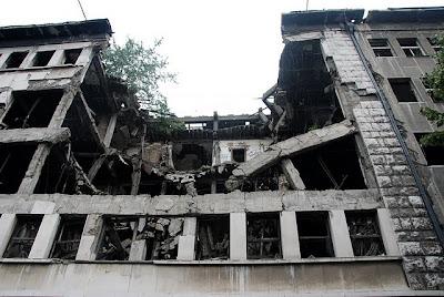cladire bombardata belgrad