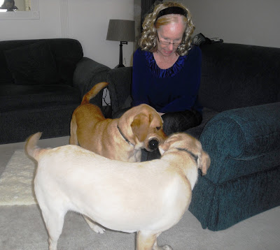 Glenda playing with Wendy and Reyna.