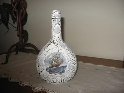 garrafa de vidro com craquelado
