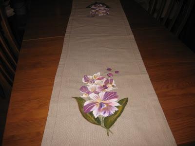 chemin de mesa pintado á mão