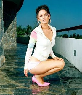 Hollywood Rachel Bilson New Hot Pics 2009, Pictures, Wallpapers, Photos, Images