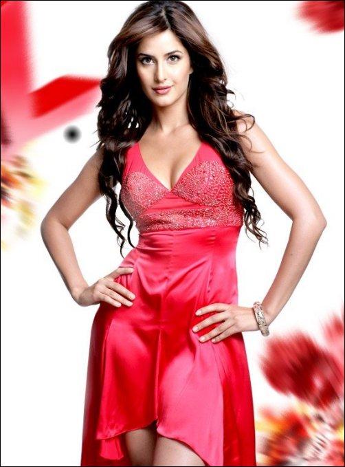 http://3.bp.blogspot.com/_H8Y9XEQXkGo/TIkondzGRqI/AAAAAAAALdA/Wn3BeQLJhpg/s1600/Katrina+top+hottest++Red+Dress.jpg