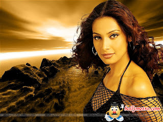 Bipasha Basu Wallpapers, Bollywood Bipsha Photos And Pictures Gallery