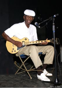 John Dee Holeman-bluesman