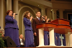 Jake Gieseler Singing at Pastor's School 2008