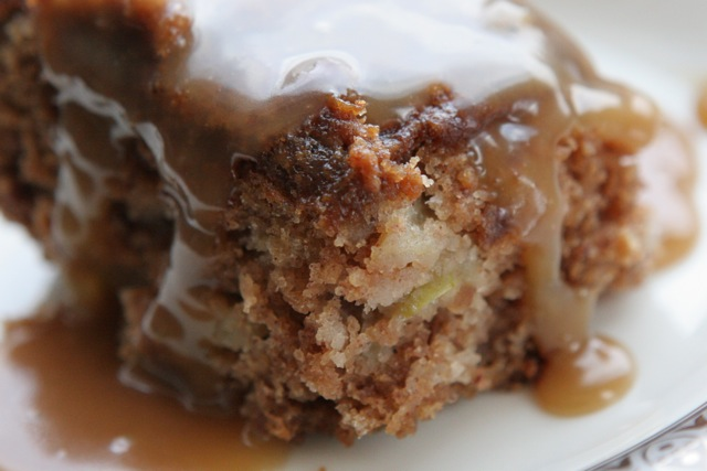 Little Sugar on the Weekend: Mimsy's Spiced Rum Apple Cake