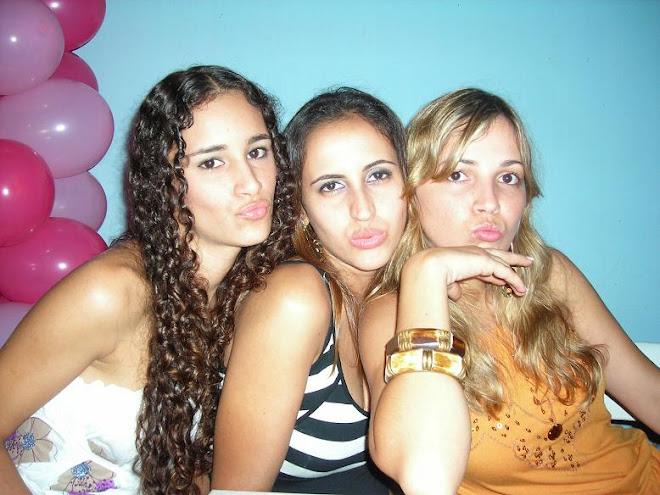 Patricia , Romaine e Katia