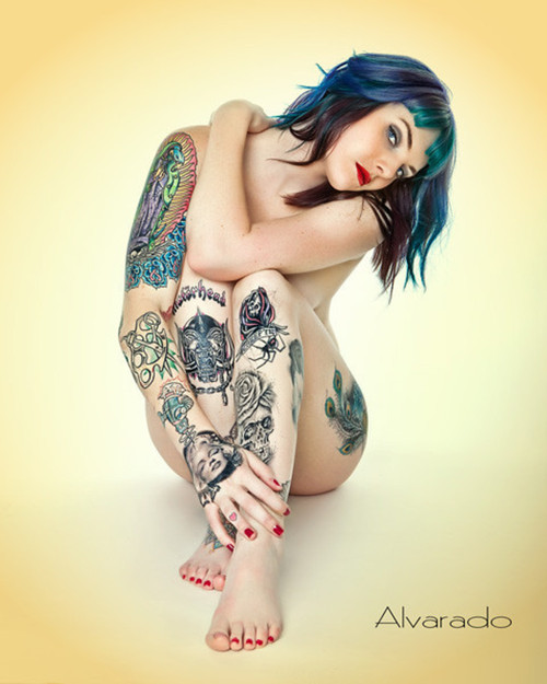 girl tattoos on upper arm