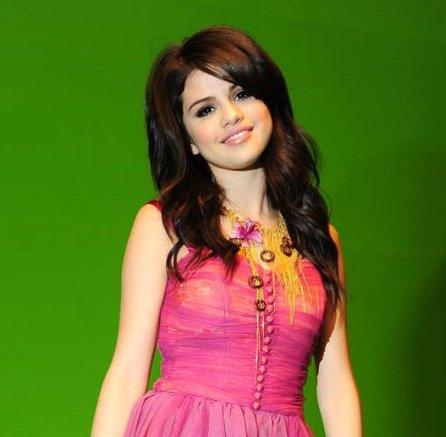 Songs Selena Gomez on Selena Gomez Naturally Music Video 01 Jpg