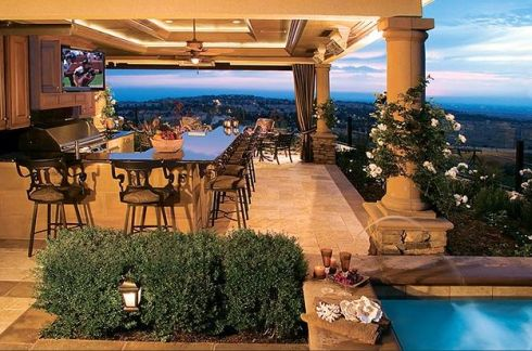 Outdoor Kitchen Ideas Pictures on Outdoor Kitchen  Outdoor Kitchen W  Bar