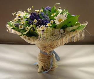 цветы в подарок.