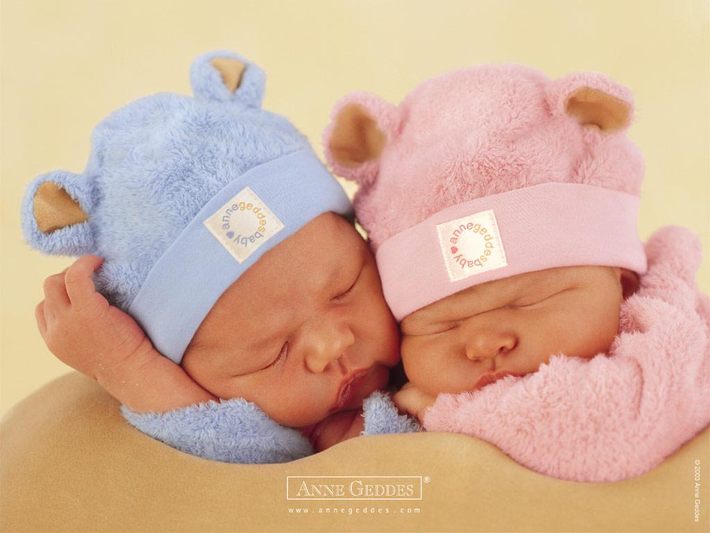 http://3.bp.blogspot.com/_HNzTOyxao0k/TUpk52nvgEI/AAAAAAAAAEc/TR_GvtAENUA/s1600/1224734331_1024x768_two-baby-wallpaper.jpg