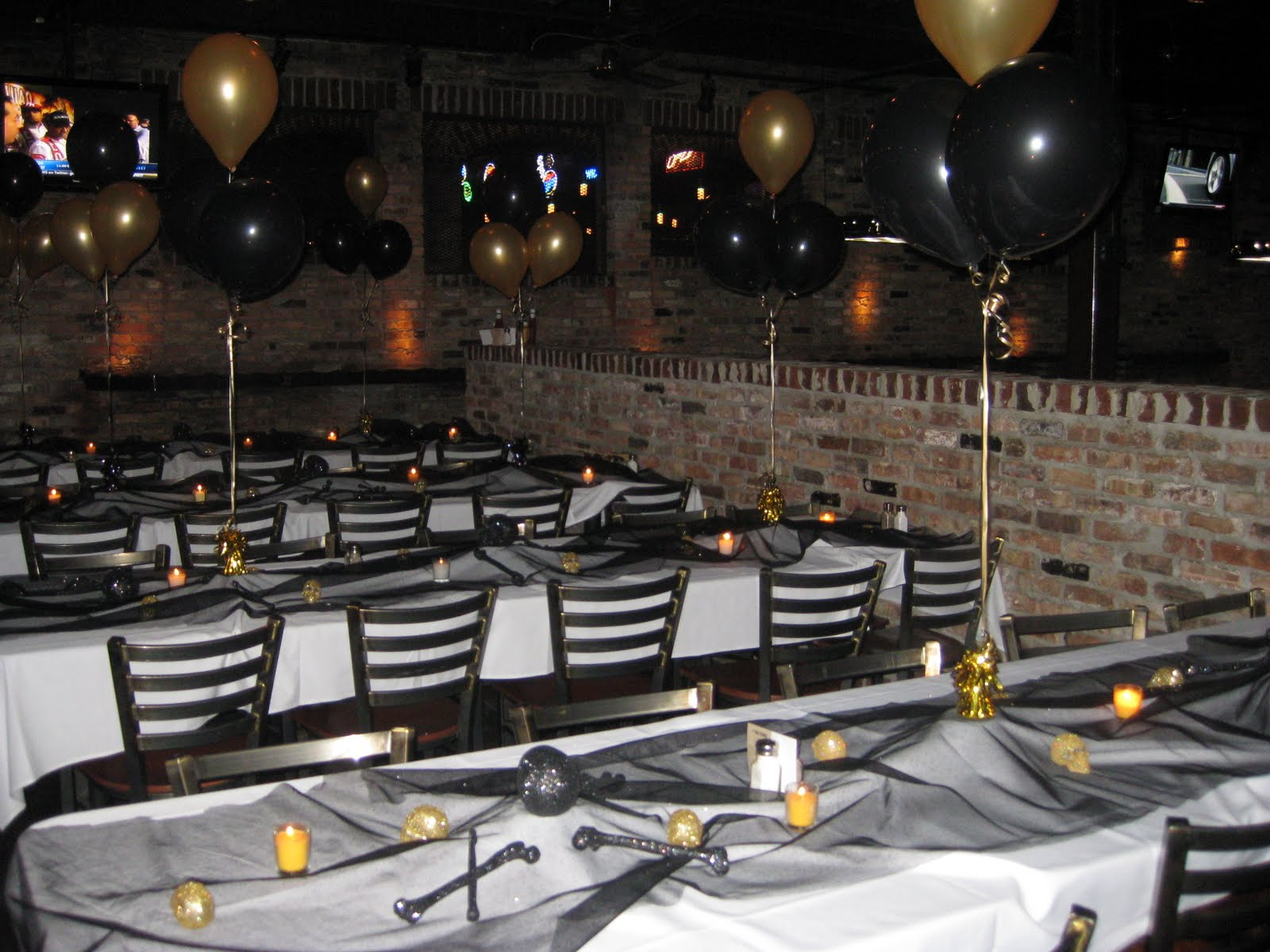 Lauren 39 s events friday the 13th and turning 40 for 40th anniversary party decoration ideas