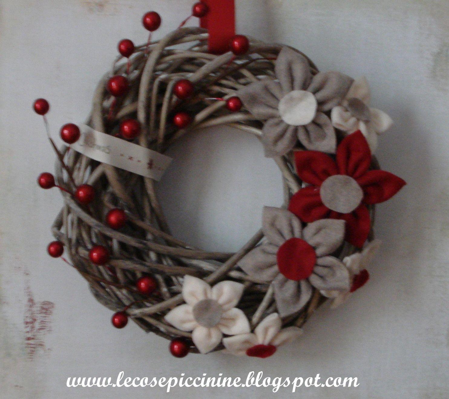 Le cose piccinine altra ghirlanda natalizia - Corone natalizie da appendere alla porta ...