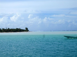 Sandbar in our lagoon anchorage