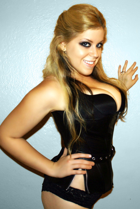 WWE/TNA Diva/Knockouts Pics
