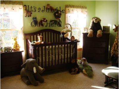 jungle-theme-nursery-21103562.jpg