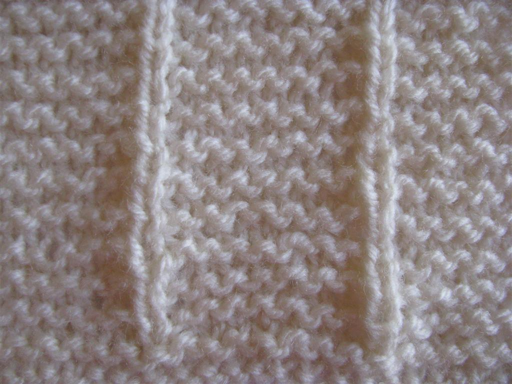 The Wool Shop: How to Knit Broken Garter Stitch