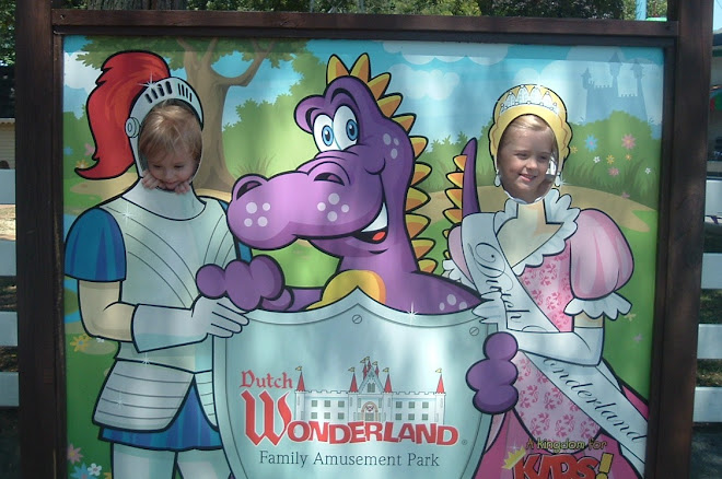 The Knight and Princess of Dutch Wonderland!