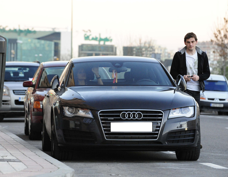 photo of Iker Casillas Audi A6 - car